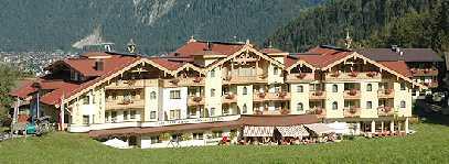 Finkenberg Restaurant Dorfstube, Hotel Kristall Image - Finkenberg Tirol
